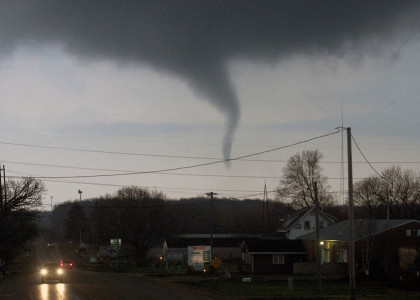 1 Dead, Homes Destroyed in Illinois Town After Tornado