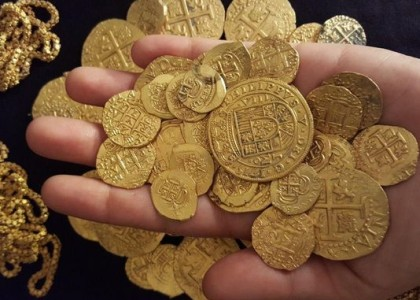 Florida family unearths gold coins worth over $1M from 1715 shipwreck