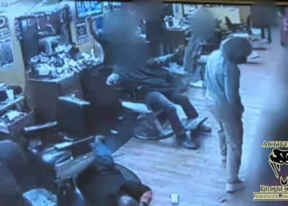 [VIDEO] Concealed Carrier Turns the Tables on Armed Robbers