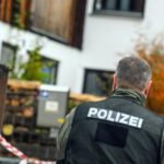 Manhunt for suspects after 4 stabbed at Germany train station