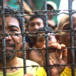 Muslim rebels storm Philippines jail, 158 inmates escape