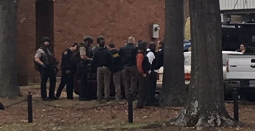 Hostage Situation at credit union on Univ. of Alabama campus
