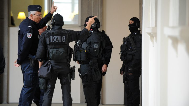 French police arrest 4 people, including 16-year-old girl, in anti-terror raid