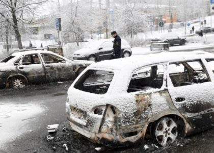 Sweden is burning! Riots erupt in Immigrant heavy Rinkeby