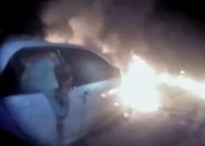 [VIDEO] Body Cam of Deputy show rescue of man from burning car