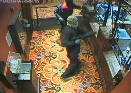 Casino Robbery Using AR15 and AK47