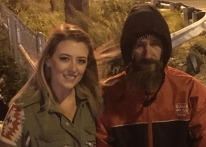 Homeless Marine used last $20 to buy stranded girl gas. Now he's getting a massive payday.