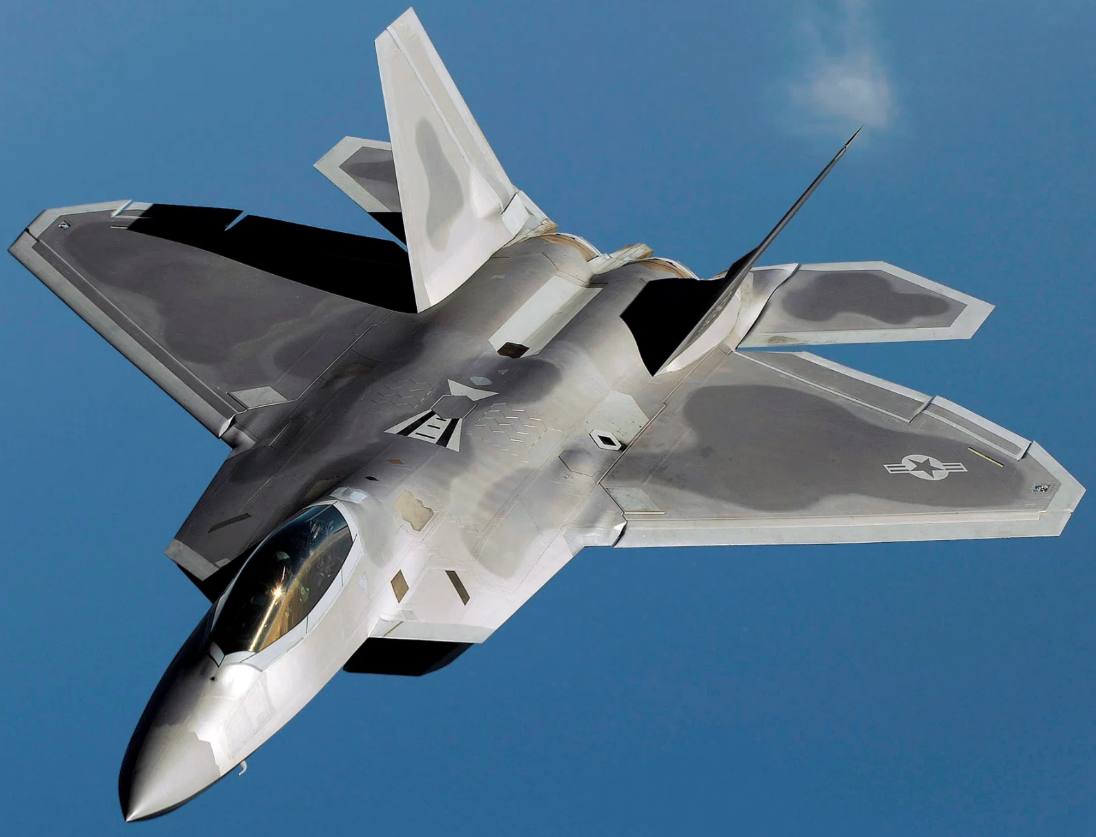 THE MYSTERY OF THE F-22S SCRAMBLED IN HAWAII HAS BEEN SOLVED